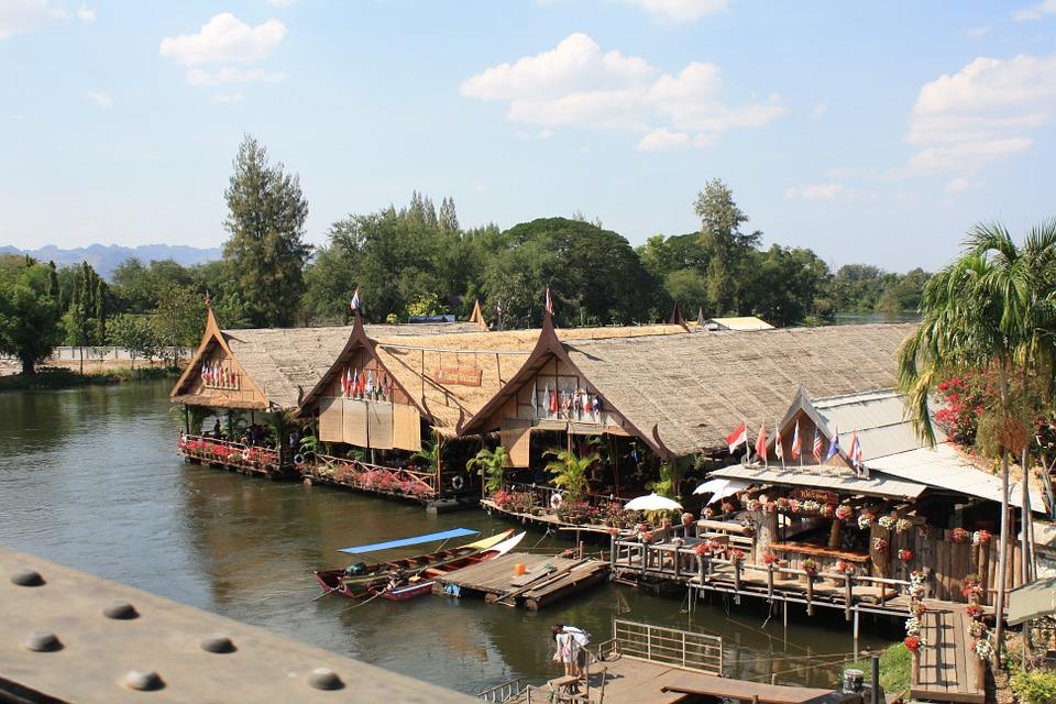 Фразы для общения в ресторанах и кафе Таиланда