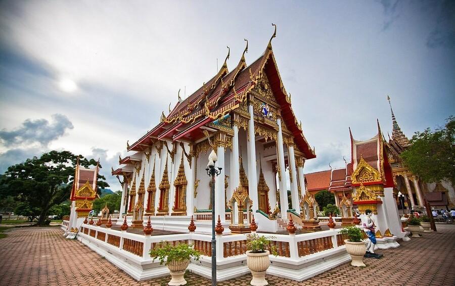 Храм Ват Пратонг Пхукет