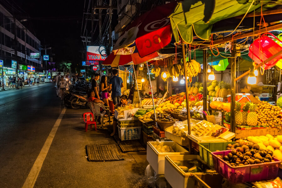 Ночной рынок Карона