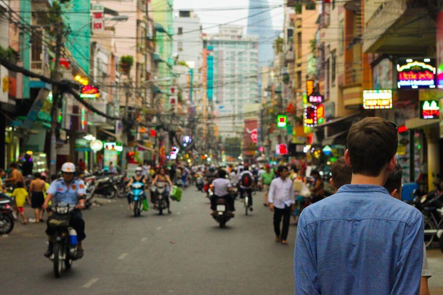 Основные фразы на тайском для города