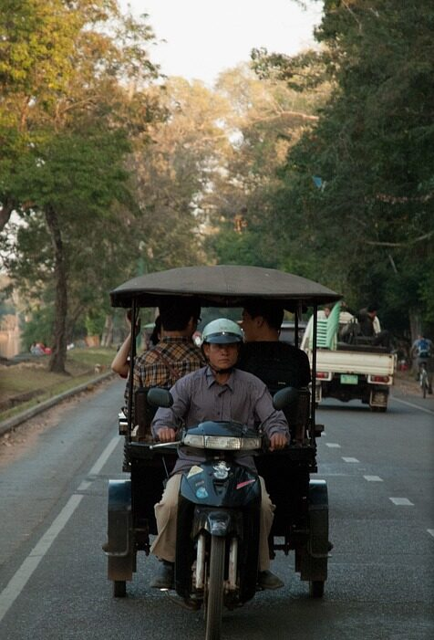 Передижение Тук Туком на Таиланде