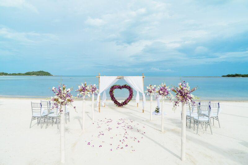 Свадьба на пляже в Таиланде